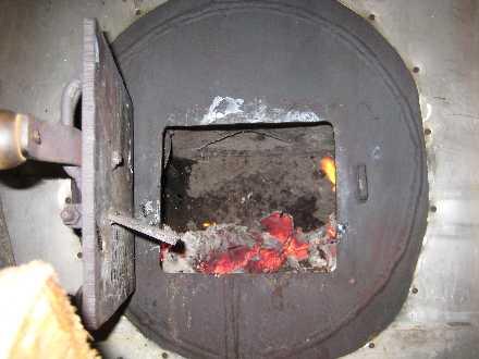 Parabolic solar steam boiler - Alternative Heating Methods for the